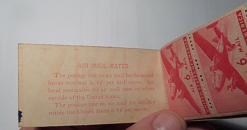 Carnet de 12 timbres de poste aérienne à 6 cents (USA) Carnet11