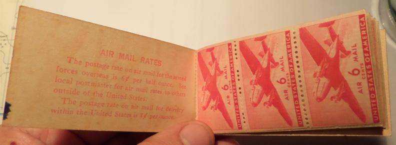 Carnet de 12 timbres de poste aérienne à 6 cents (USA) Carnet12