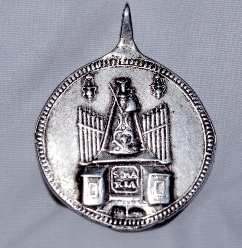 Médaille St-Michel & ND des Ermites ou encore Ste-Marie d'EINSIEDELN/Suisse - XVIIIème Saint_11
