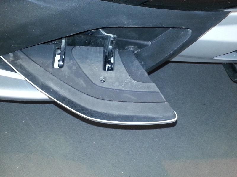 Essai statique du Peugeot Metropolis 400 20130421