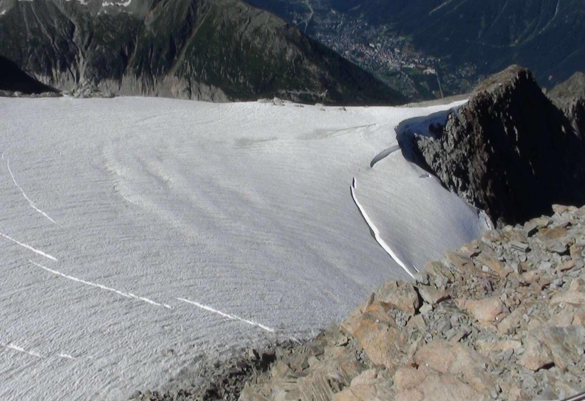 Recul glaciaire et ses conséquences. - Page 2 Dsc01013