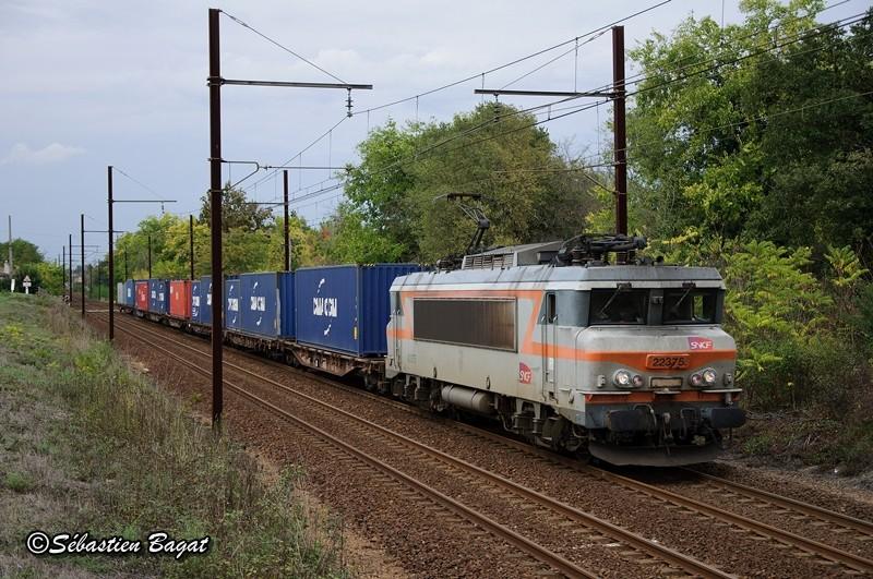 Photos et vidéos de la ligne Bordeaux - Toulouse - Narbonne - Sète (2007-2013) - Page 38 Dsc_2010