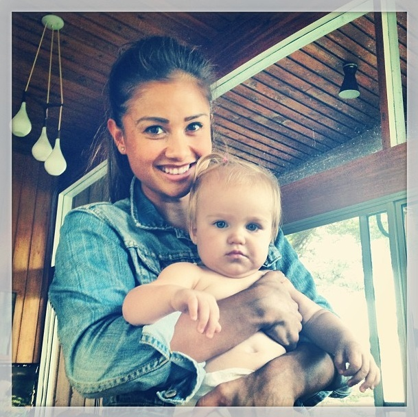 Sean & Catherine Lowe - Pictures - No Discussion - Page 5 Screen24