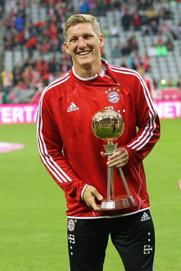 [31] [Mittelfeld] Bastian #Schweinsteiger - Page 28 Bayern10