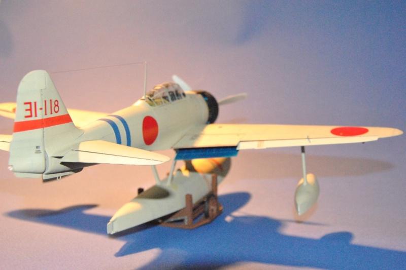 A6M2-N Suisen (Rufe) 1/32ème Dsc_5913