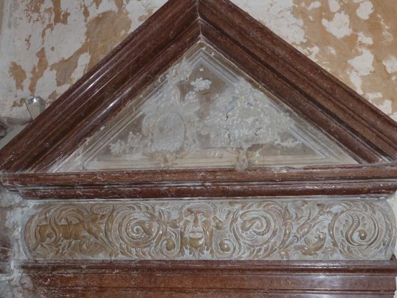 Chapelle Alchimique en l'Eglise de Pesmes (haute Saône 70) P1020118