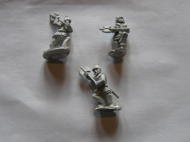 Le grenier de Gleievec ; figurines en solde !!! Pa030010