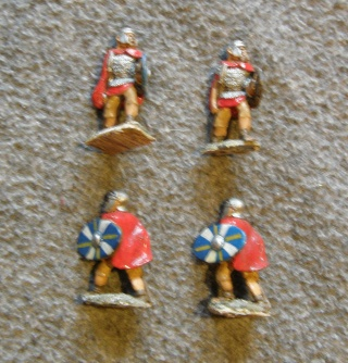 Le grenier de Gleievec ; figurines en solde !!! Rome_a12
