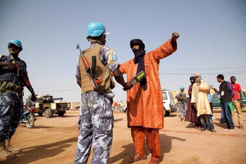 Forces Armées Togolaises / Togolese Armed Forces - Page 2 0atogo11