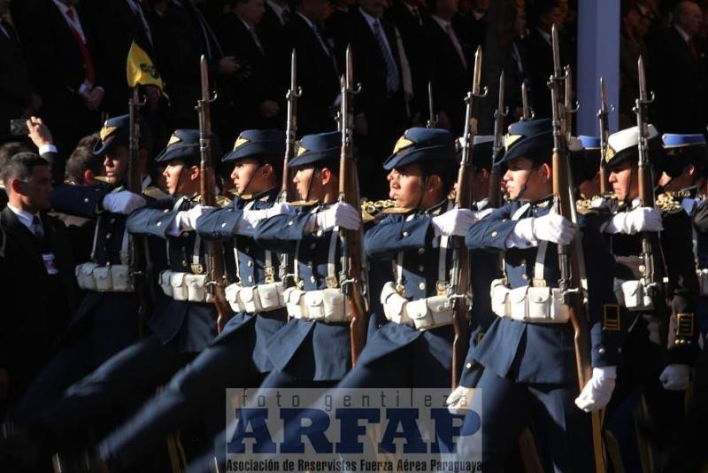 Armée paraguayenne 1a1014
