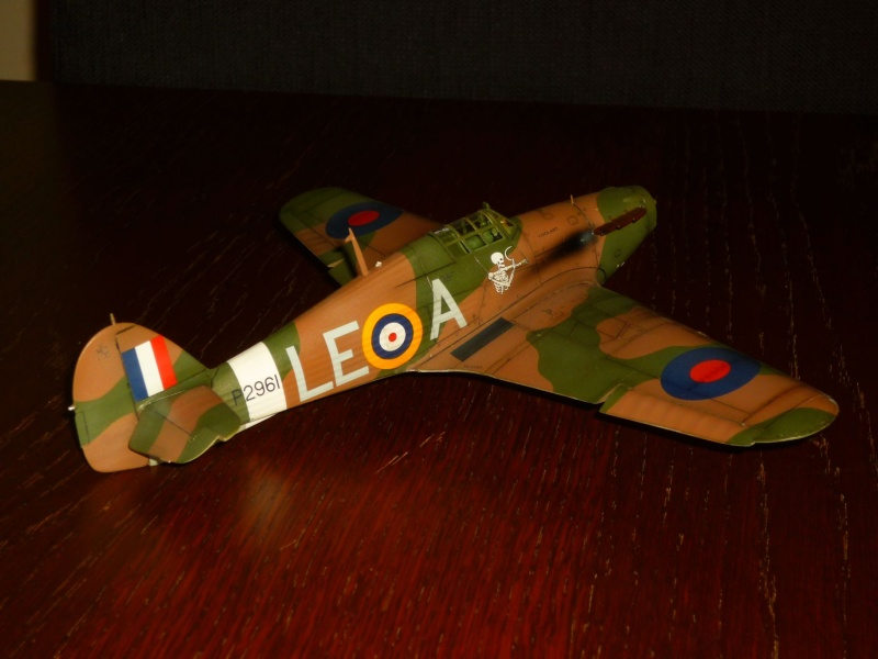 Hawker Hurricane Mk I (Tamiya / Italeri) [modèle terminé] - Page 5 P1080223