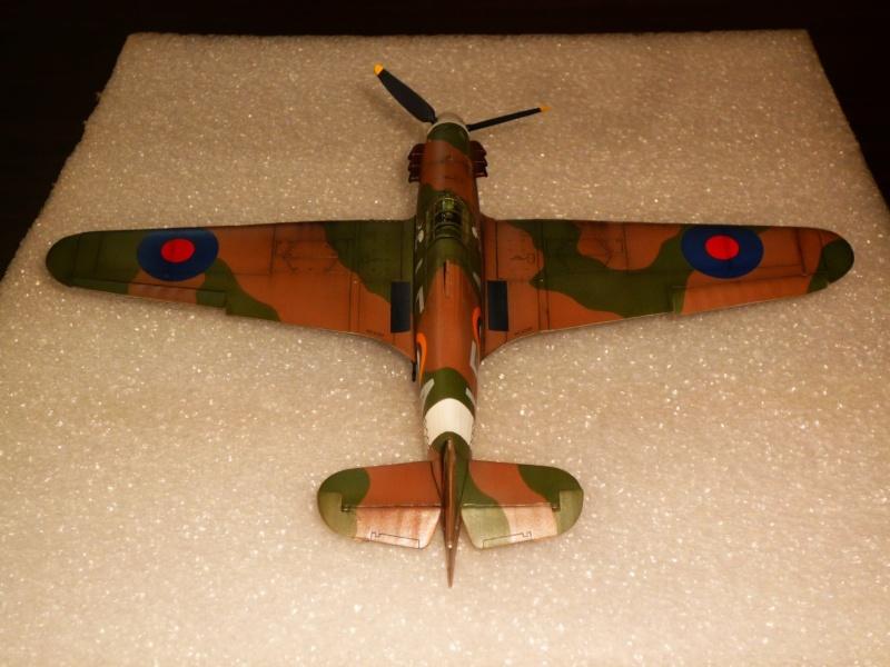 Hawker Hurricane Mk I (Tamiya / Italeri) [modèle terminé] - Page 5 P1080322