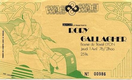Tickets de concerts/Affiches/Programmes - Page 30 52644410