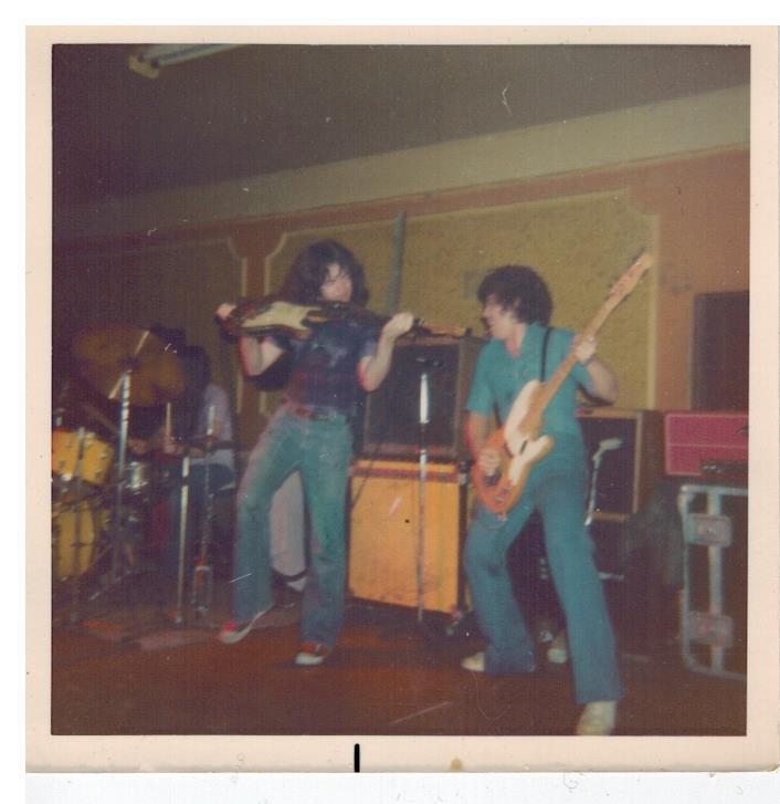 Photos de John Hartley - Roundhouse - Dagenham (UK) - 19 avril 1975 Attach10