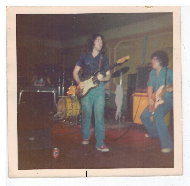 Photos de John Hartley - Roundhouse - Dagenham (UK) - 19 avril 1975 Attach13