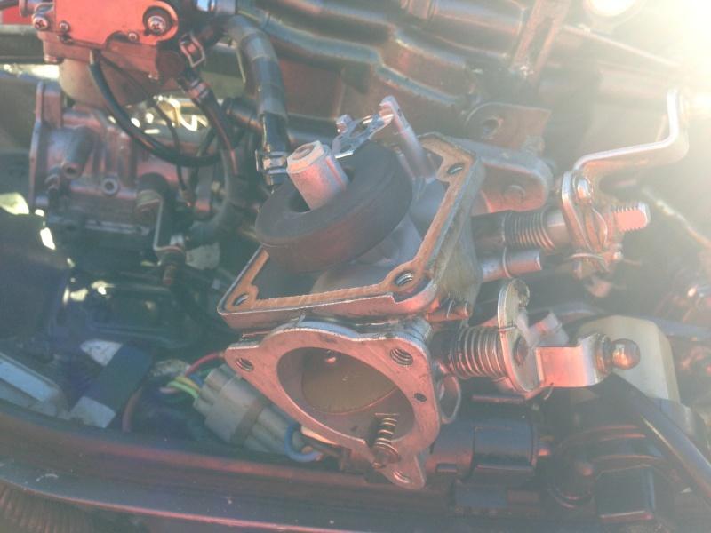 Problème moteur Yamaha EX 25 cv 2T  Img_1415