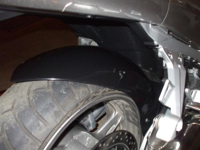Lèche roue arrière pour FJR 2006  00210