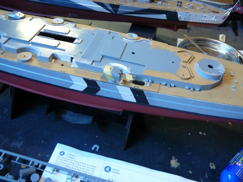 Eliminator´s Geschenk wird gebaut...1:350er RC Bismarck P1130022