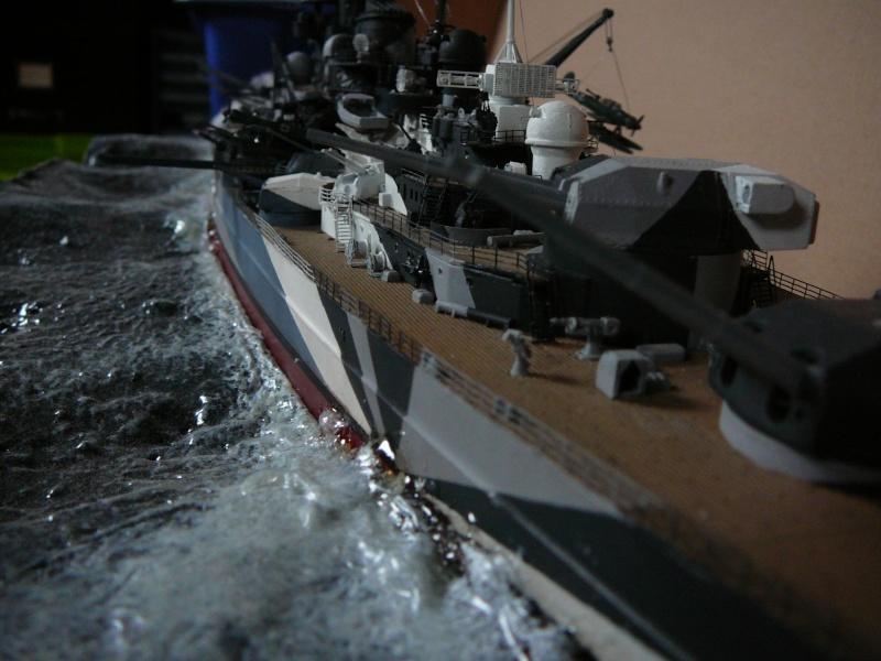Revell 1:350 Tirpitz Ätzteile-orgie  Abschliessende Bildergalerie... P1130040