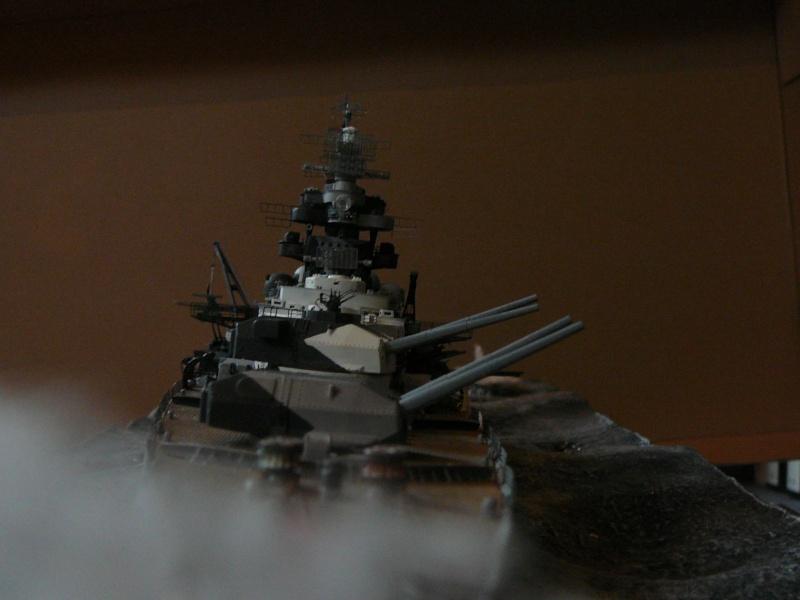Revell 1:350 Tirpitz Ätzteile-orgie  Abschliessende Bildergalerie... P1130049