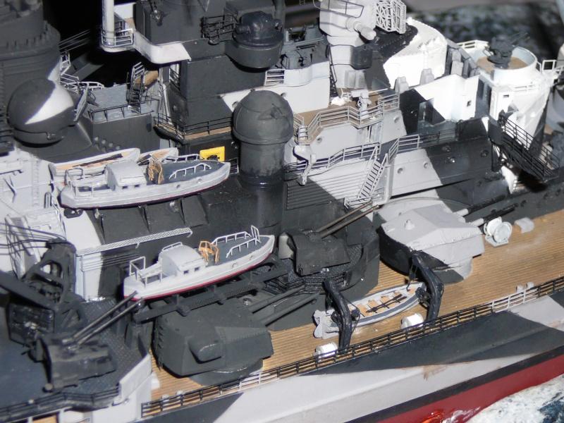 Revell 1:350 Tirpitz Ätzteile-orgie  Abschliessende Bildergalerie... P1130110