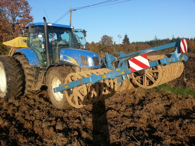 Photos de vos tracteurs - Page 4 20121112