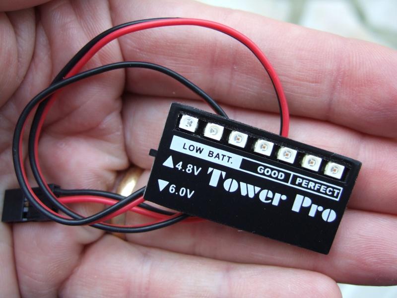 Utilisation d'un contrôleur/testeur de tension embarqué Dscf2210