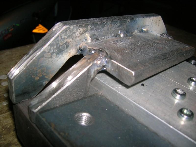 CNC V.2 Chassis bêton de F6FCO - 1 - Page 6 Dscn0010