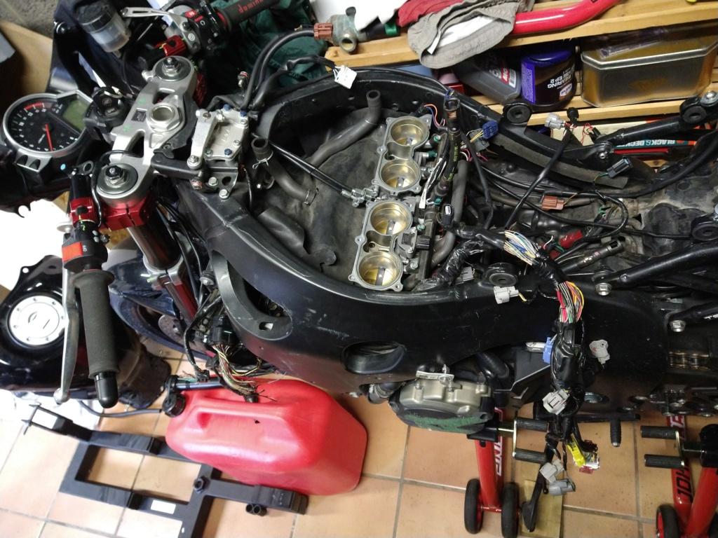 Remplacement faisceau Honda CBR SC59 Img_2080
