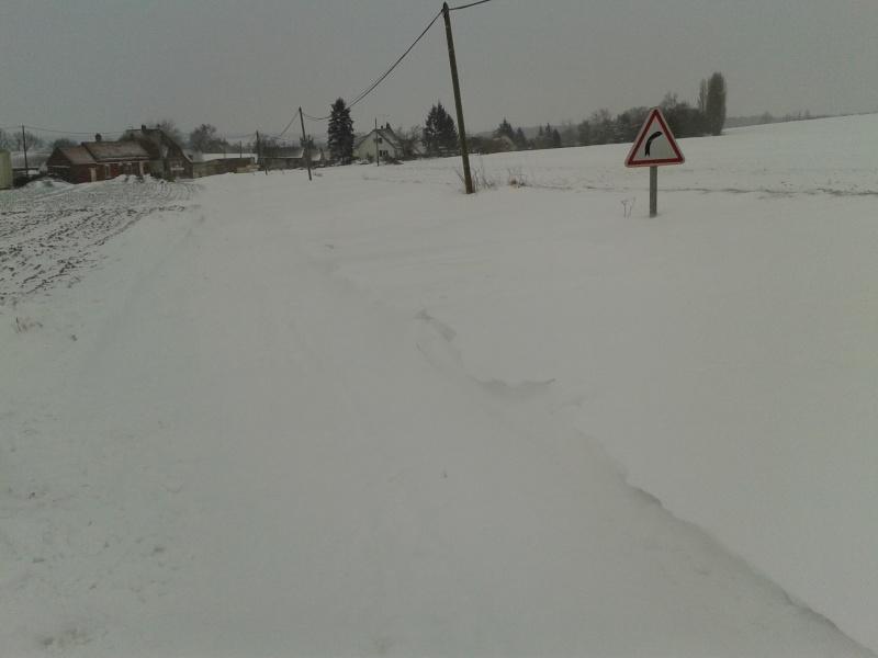 la neige est-elle arrivée chez vous ?  - Page 2 Neige_10
