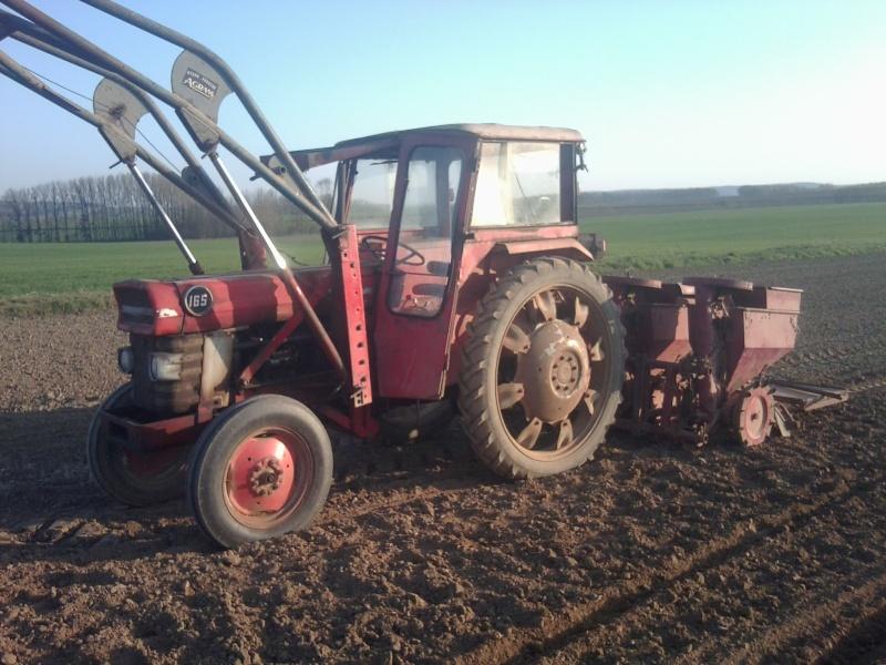Photos de vos tracteurs - Page 3 Photo011
