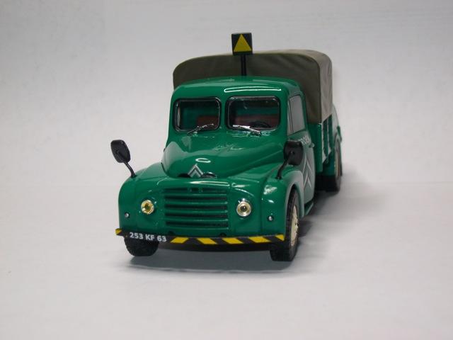 """2013 - Hachette Editions > """"Les véhicules du Garage moderne"""" Imgp9712"""