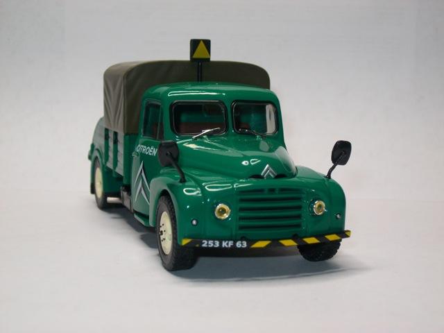 """2013 - Hachette Editions > """"Les véhicules du Garage moderne"""" Imgp9713"""
