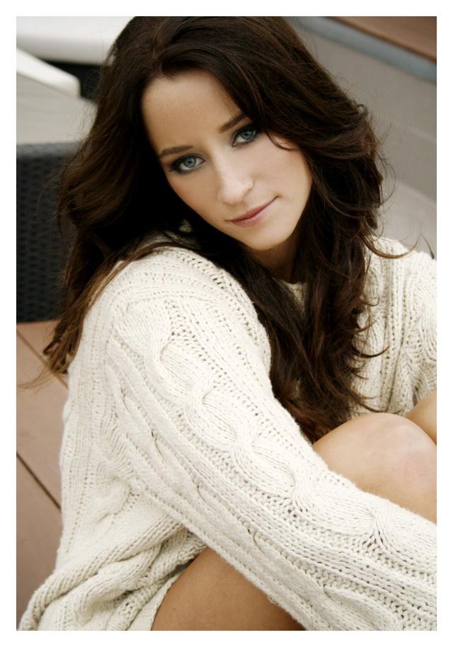 Les plus belles femmes du Monde - Page 3 Mmmg8411
