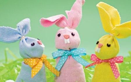Conejos de Pascua hechos con calcetines Conejo10