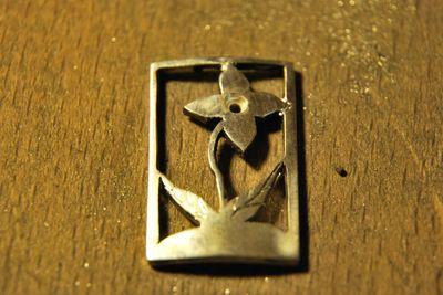 Pendentif floral petit brillant Dsc_1715