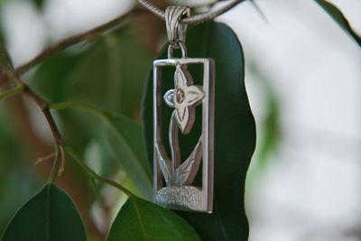 Pendentif floral petit brillant Dsc_1717