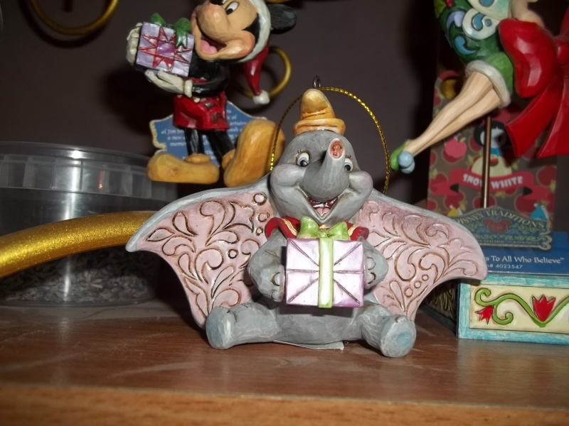Disney Traditions by Jim Shore - Enesco (depuis 2006) - Page 2 100_6018