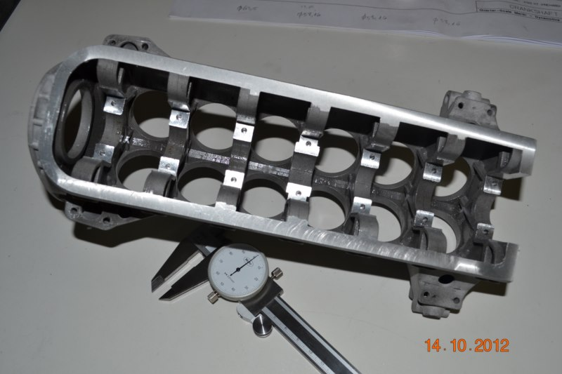Construction du Rolls-Royce Merlin à l'échelle 1/4 11_80012