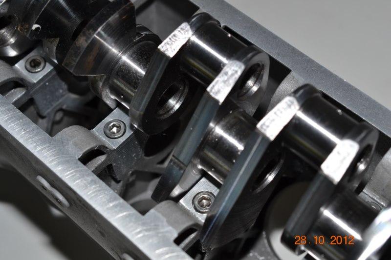 Construction du Rolls-Royce Merlin à l'échelle 1/4 19_80010
