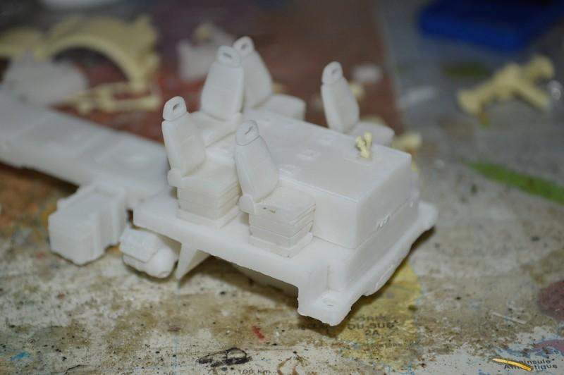 La nostalgie des éléphants [Porte char TRM 700-100 - Gasoline - 1/48] Gasoli19