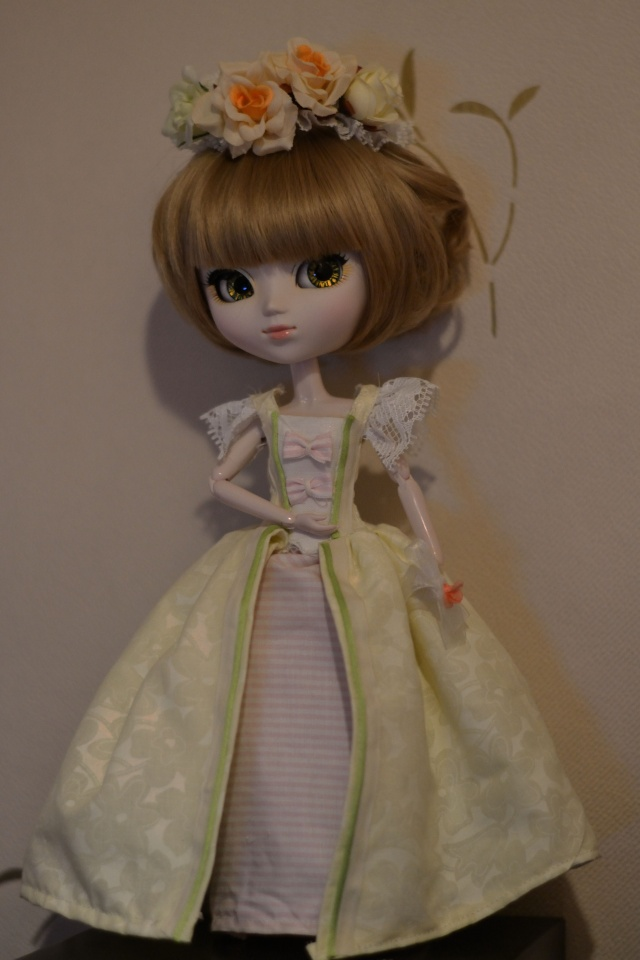 Petite couture (robe inspirée 18ème) Dsc_0315