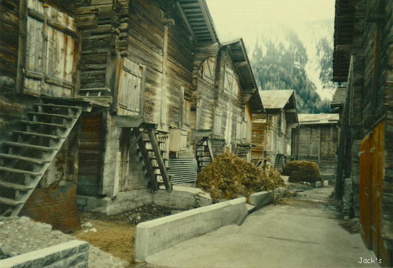Maisons en bois  dans le Valais Suisse, Ulrichen Maison10