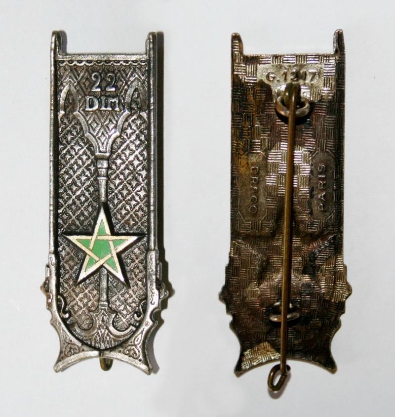 Insigne 22 DIM - ESC 1 VENDU Insign20