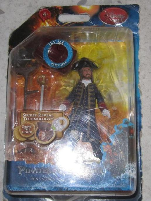 Scambio / vendo action figures in blister Pirate10