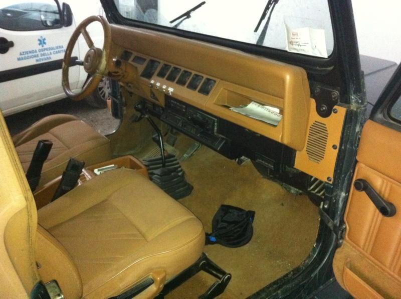 Jeep Wrangler YJ 4.0 HO Limited ...... lo compro o no? (foto interni e novità) - Pagina 2 Iphone14