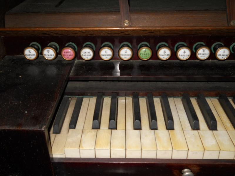Huge 10 jeux Rousseau harmonium 02110