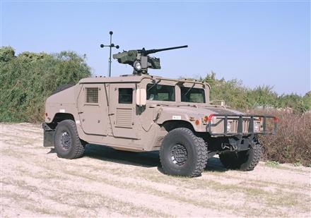 Remote Controlled Weapon Station / Poste de Tir Télécommandé (RCWS) A109d010