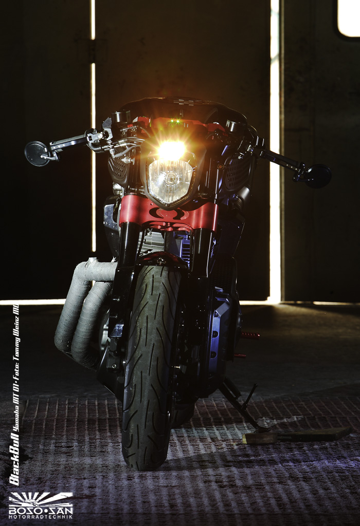 "Yamaha MT-01 ""Black Bull"" 464510"