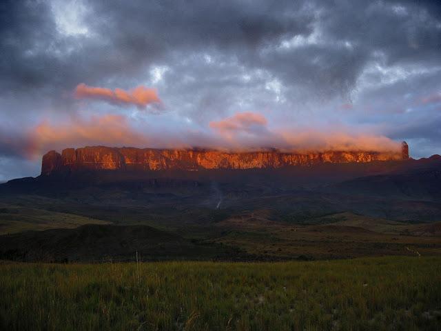 Le Mont Roraima 25693811
